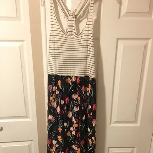 XL Mudd Sleeveless, Springtime Maxi Dress